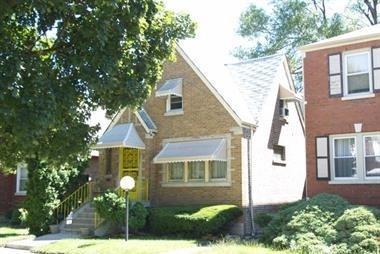 10231 S Eberhart Avenue, Chicago, IL 60628 (MLS #10154146) :: Littlefield Group