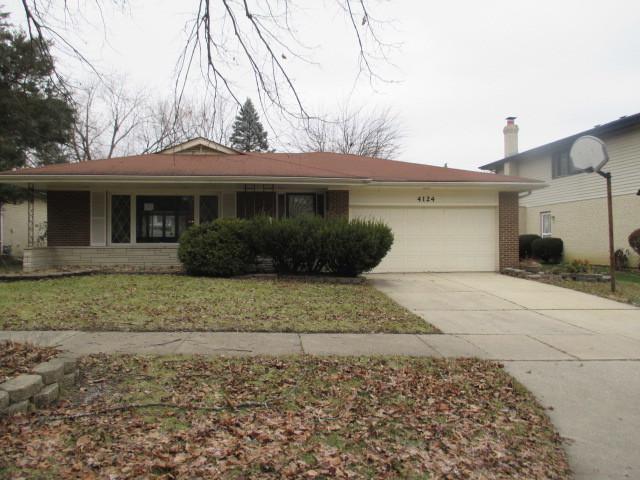 4124 Oakwood Lane, Matteson, IL 60443 (MLS #10154287) :: The Mattz Mega Group
