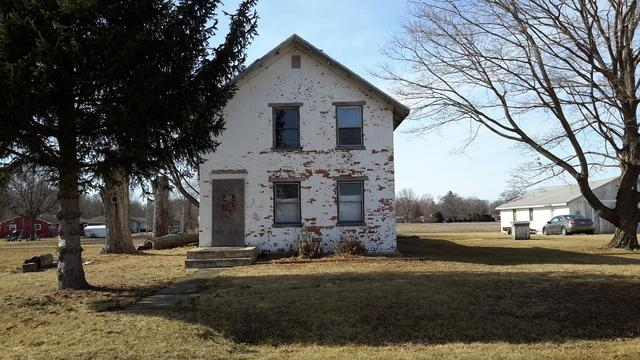 907 Harrington Road, Henry, IL 61537 (MLS #10154826) :: Baz Realty Network | Keller Williams Preferred Realty