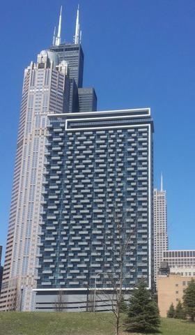 235 W Van Buren Street #3422, Chicago, IL 60607 (MLS #10155077) :: Domain Realty