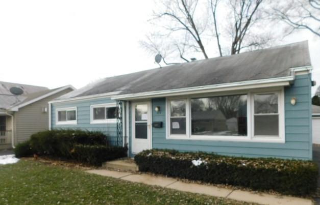 204 N Prospect Manor Avenue, Mount Prospect, IL 60056 (MLS #10155303) :: Helen Oliveri Real Estate