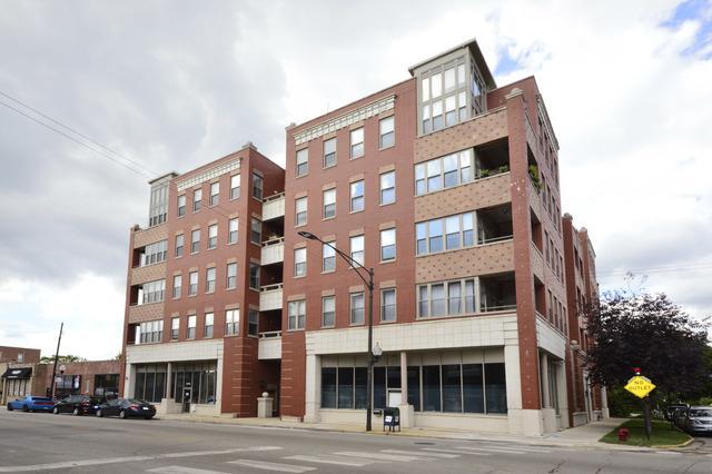 2700 W Belmont Avenue #207, Chicago, IL 60618 (MLS #10155830) :: Domain Realty