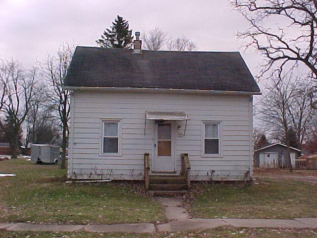 340 E Ogden Street, Capron, IL 61012 (MLS #10157141) :: Century 21 Affiliated