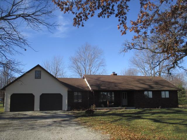 1278 N Cr 1700 E, VILLA GROVE, IL 61956 (MLS #10157200) :: Ryan Dallas Real Estate
