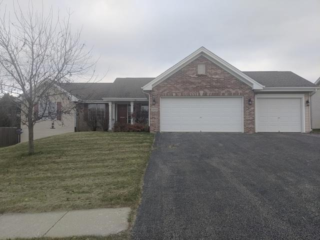 1025 Old Hunter Run, Byron, IL 61010 (MLS #10158997) :: The Mattz Mega Group