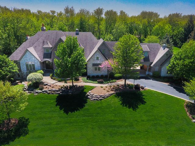 38W685 Fairway Drive, St. Charles, IL 60175 (MLS #10159168) :: Baz Realty Network | Keller Williams Preferred Realty