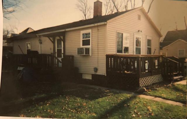 1 N Clark Avenue, Mount Morris, IL 61054 (MLS #10159229) :: Domain Realty