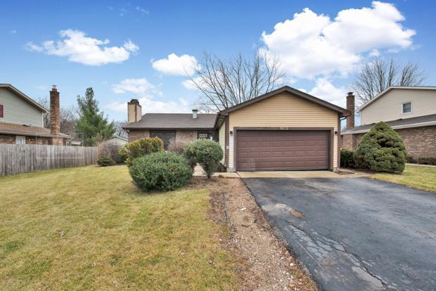 1313 Regency Grove Drive, Darien, IL 60561 (MLS #10159838) :: The Wexler Group at Keller Williams Preferred Realty
