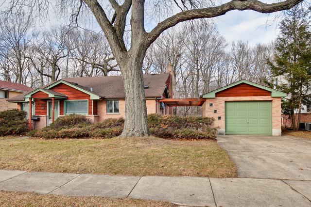 5820 Capri Lane, Morton Grove, IL 60053 (MLS #10159909) :: Helen Oliveri Real Estate
