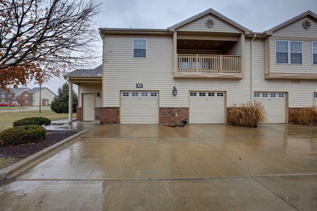 3816 Thornhill Circle #3816, Champaign, IL 61822 (MLS #10160232) :: Ryan Dallas Real Estate