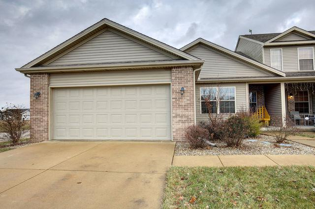 1320 Bluegrass Lane, Champaign, IL 61822 (MLS #10160660) :: Littlefield Group