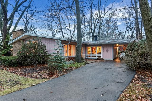 2322 N Barrington Woods Road N, Palatine, IL 60074 (MLS #10162712) :: Helen Oliveri Real Estate