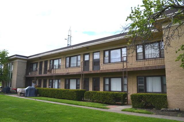 31 King Arthur Court #12, Northlake, IL 60164 (MLS #10162864) :: The Wexler Group at Keller Williams Preferred Realty