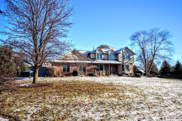 9435 Ridgeview Road, Belvidere, IL 61008 (MLS #10164639) :: HomesForSale123.com