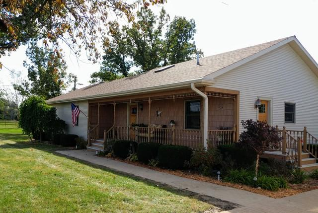 2827 E 28th Road, Marseilles, IL 61341 (MLS #10165698) :: The Wexler Group at Keller Williams Preferred Realty