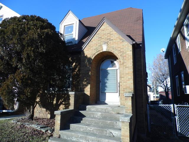 7612 W 61st Place, Summit, IL 60501 (MLS #10165888) :: The Jacobs Group