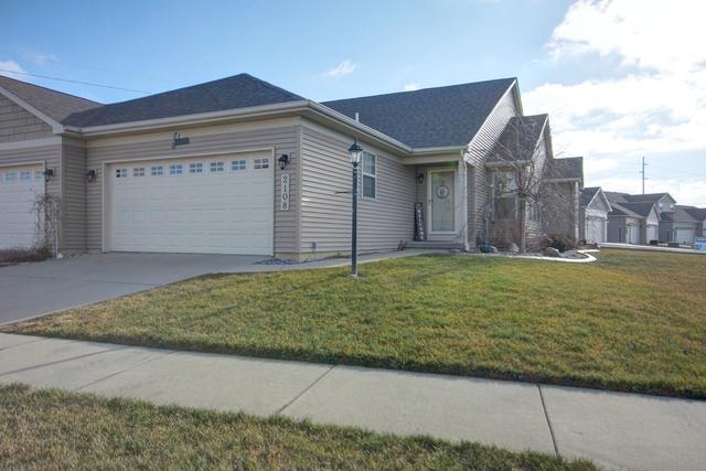 2108 S Stonebrooke Court, Urbana, IL 61802 (MLS #10166085) :: Ryan Dallas Real Estate