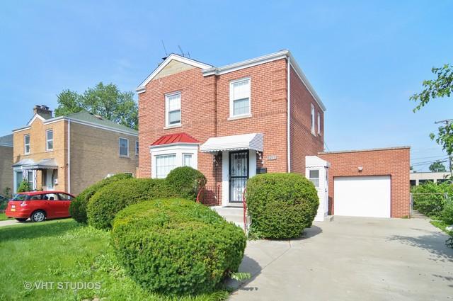 7215 N Kilpatrick Avenue, Lincolnwood, IL 60712 (MLS #10167465) :: Ryan Dallas Real Estate