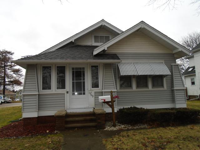 1509 Lincoln Avenue, Mendota, IL 61342 (MLS #10167529) :: The Mattz Mega Group