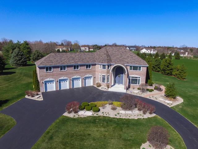 9316 Meadowsweet Drive, Belvidere, IL 61008 (MLS #10167557) :: HomesForSale123.com