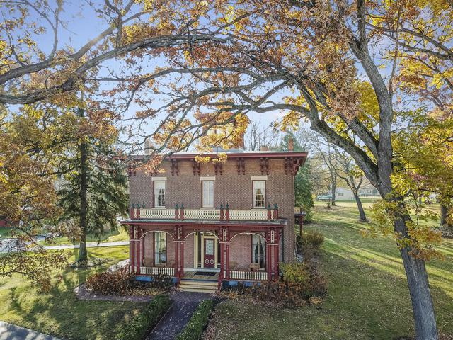 304 E Michigan Street, New Carlisle, IN 46552 (MLS #10167924) :: Baz Realty Network | Keller Williams Preferred Realty