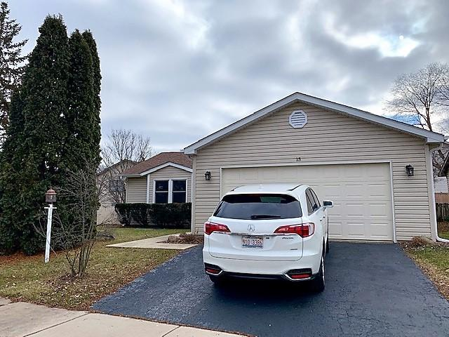 15 Evergreen Drive, Streamwood, IL 60107 (MLS #10168841) :: The Wexler Group at Keller Williams Preferred Realty