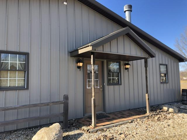 104 Summer Drive, Farmer City, IL 61842 (MLS #10169222) :: Ryan Dallas Real Estate