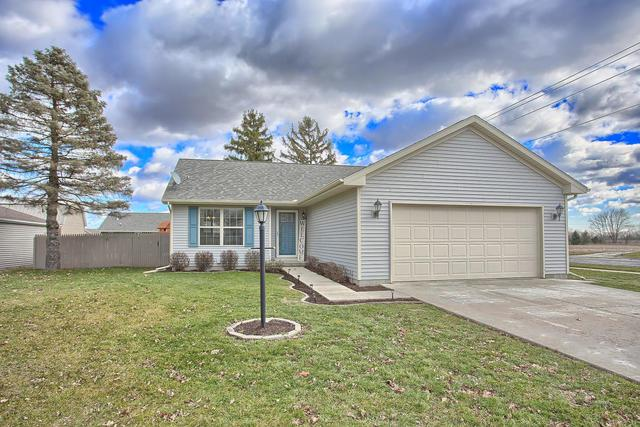 1 Dunlap Woods, SIDNEY, IL 61877 (MLS #10169602) :: The Wexler Group at Keller Williams Preferred Realty