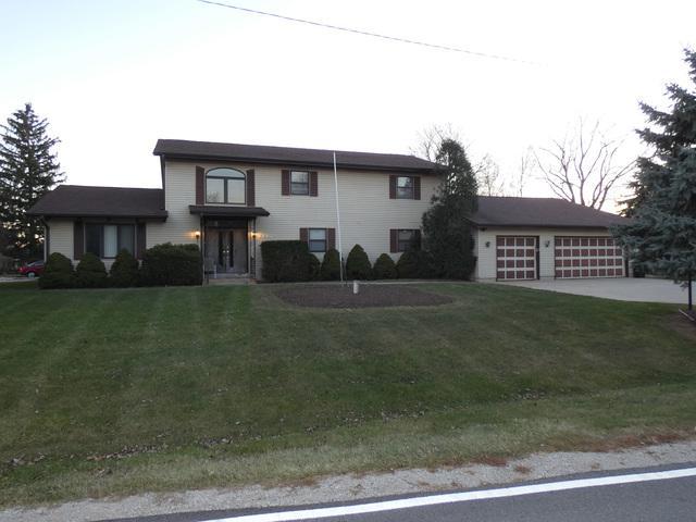 30W221 Meade Road, West Chicago, IL 60185 (MLS #10169744) :: The Dena Furlow Team - Keller Williams Realty