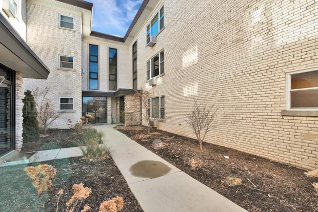 5771 N Northwest Highway #501, Chicago, IL 60631 (MLS #10170236) :: The Wexler Group at Keller Williams Preferred Realty