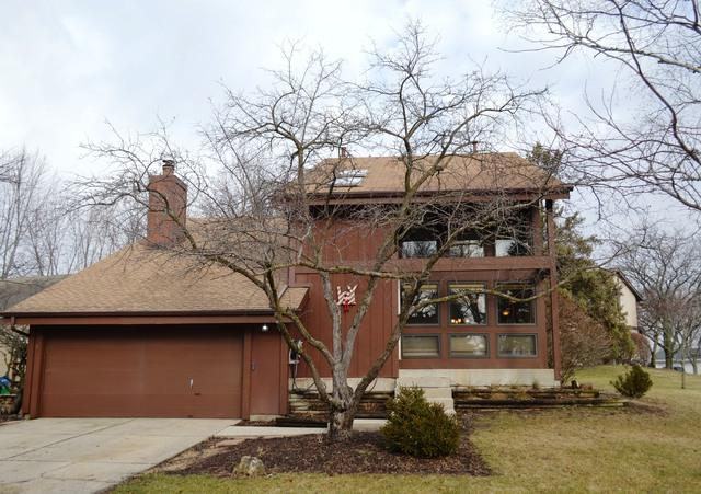 30W266 Ridgewood Court, Warrenville, IL 60555 (MLS #10170590) :: The Wexler Group at Keller Williams Preferred Realty