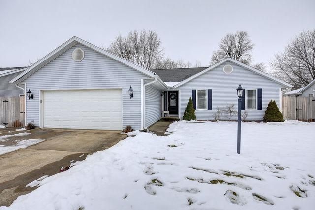 403 Ridge Road, Mahomet, IL 61853 (MLS #10170994) :: The Mattz Mega Group