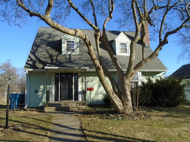 303 12th Avenue, Mendota, IL 61342 (MLS #10171454) :: The Mattz Mega Group