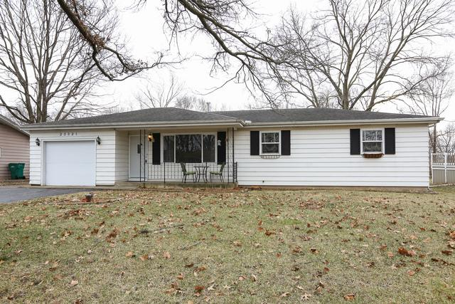 23821 W Sussex Drive, Channahon, IL 60410 (MLS #10171514) :: Baz Realty Network | Keller Williams Preferred Realty
