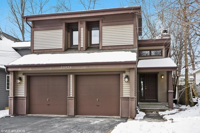 23974 N Valley Road, Lake Zurich, IL 60047 (MLS #10171876) :: Helen Oliveri Real Estate