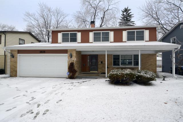 1414 S Hickory Drive, Mount Prospect, IL 60056 (MLS #10172006) :: The Dena Furlow Team - Keller Williams Realty
