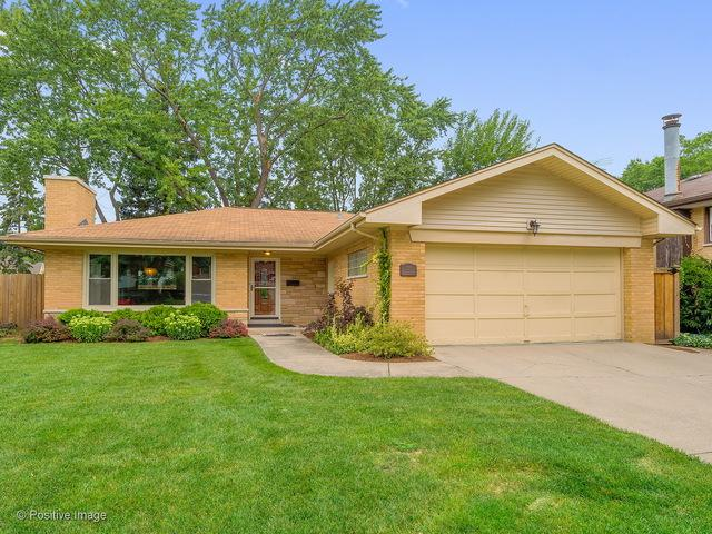 205 Huntington Court, La Grange Park, IL 60526 (MLS #10172768) :: The Dena Furlow Team - Keller Williams Realty