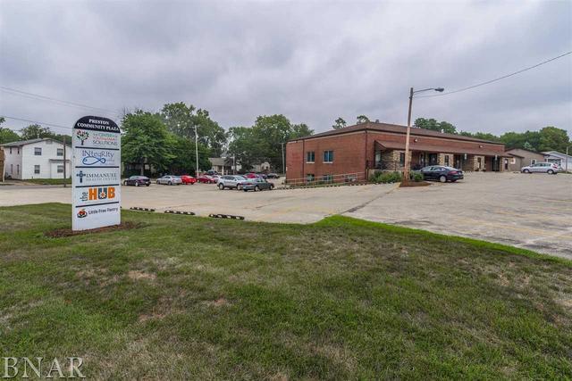 502 Morris Avenue B, Bloomington, IL 61761 (MLS #10247343) :: Baz Realty Network | Keller Williams Preferred Realty