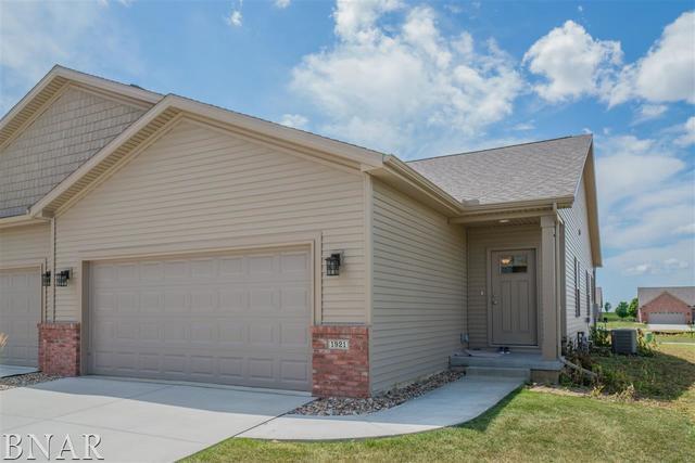 1921 Glenbridge, Bloomington, IL 61704 (MLS #10247459) :: Berkshire Hathaway HomeServices Snyder Real Estate