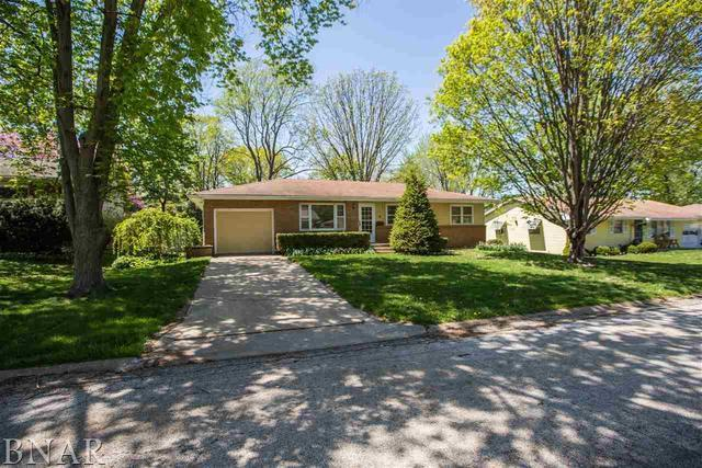 6 Foley, Bloomington, IL 61701 (MLS #10247477) :: Janet Jurich Realty Group