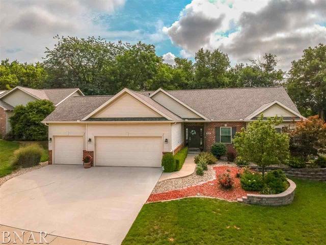 2212 Ridge Creek Drive, Bloomington, IL 61705 (MLS #10247516) :: The Dena Furlow Team - Keller Williams Realty