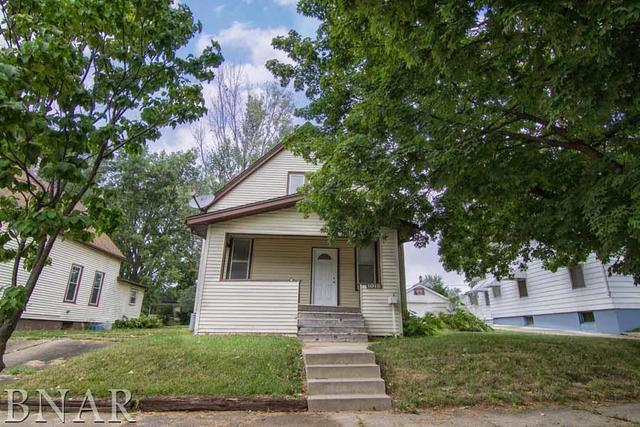 1015 Folsom, Bloomington, IL 61701 (MLS #10247532) :: Janet Jurich Realty Group