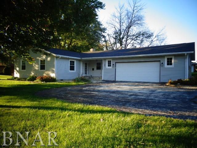 300 E School, LEROY, IL 61752 (MLS #10247586) :: Berkshire Hathaway HomeServices Snyder Real Estate