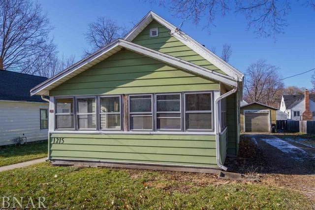 1215 S Mason, Bloomington, IL 61701 (MLS #10247655) :: Janet Jurich Realty Group