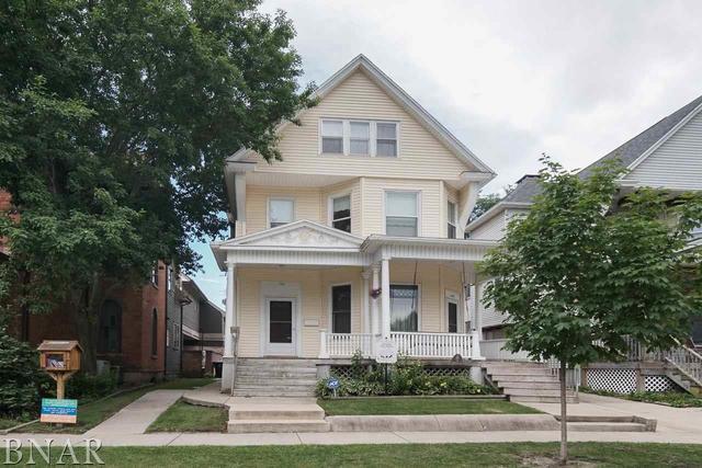 703 E Washington Street, Bloomington, IL 61701 (MLS #10247688) :: Berkshire Hathaway HomeServices Snyder Real Estate