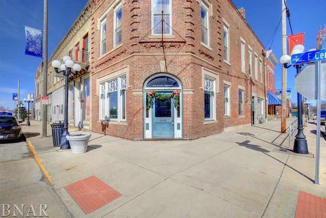 122 Center Street, LEROY, IL 61752 (MLS #10247712) :: Baz Realty Network | Keller Williams Preferred Realty