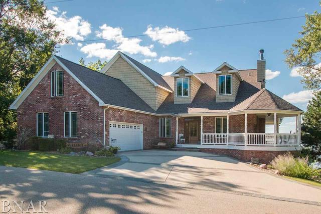 25360 Hiawatha Lane, Hudson, IL 61748 (MLS #10247843) :: Janet Jurich Realty Group