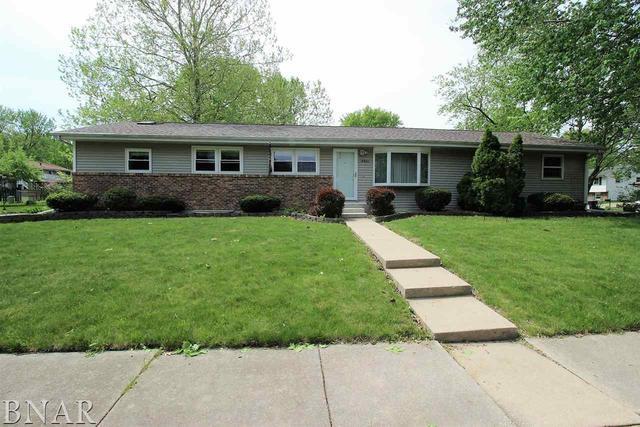2901 Hanover, Bloomington, IL 61704 (MLS #10247861) :: HomesForSale123.com