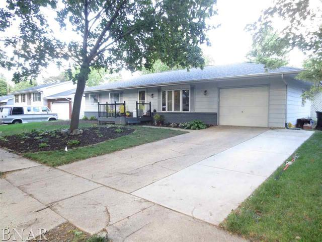 1207 Gettysburg, Bloomington, IL 61704 (MLS #10247928) :: Ryan Dallas Real Estate