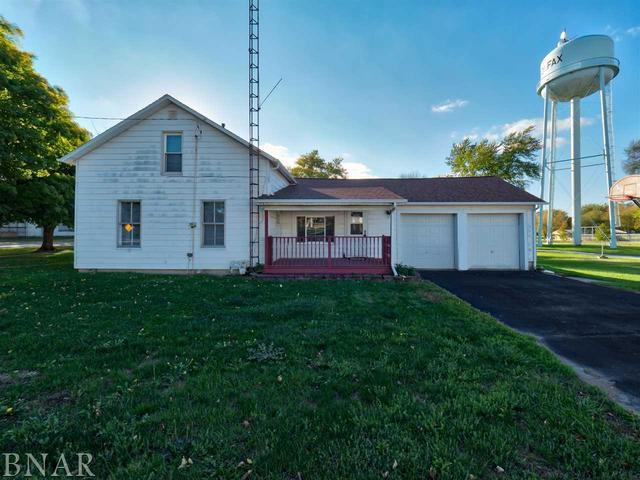 211 E Cooper, Colfax, IL 61728 (MLS #10247962) :: Berkshire Hathaway HomeServices Snyder Real Estate